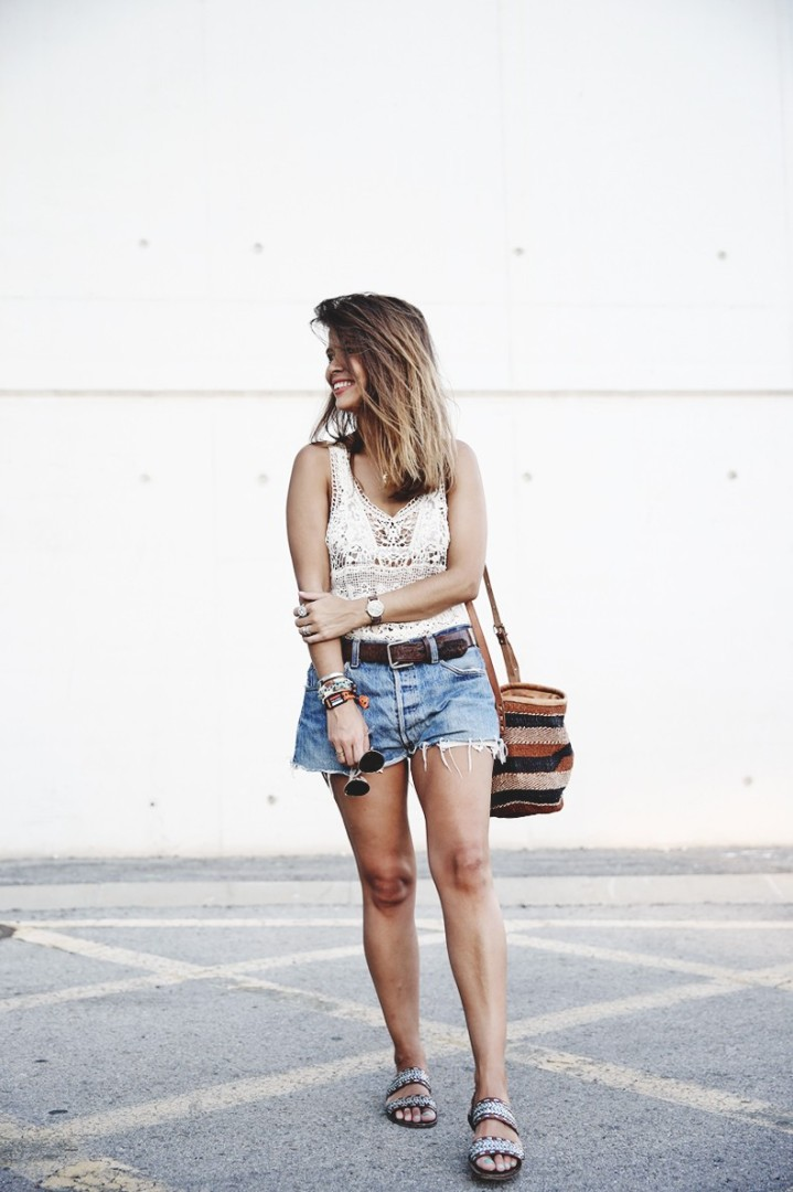 fdde4-mulafest-lace_top-levis_vintage-maje_sandals-urban_outfitters_bag-outfiit-summer-790x1185