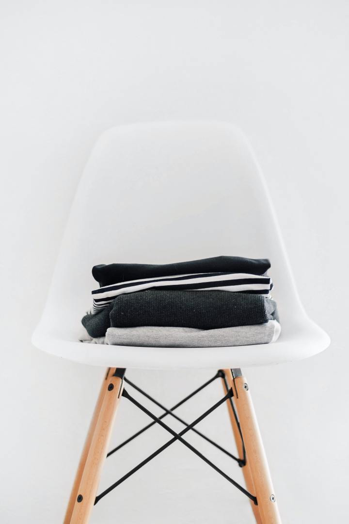 clothes-on-chair